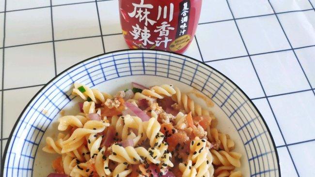 #豪吉川香美味#麻辣番茄肉末螺旋面的做法