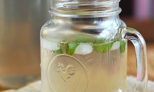 冰薄荷糖梨水的做法