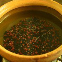 红豆小米粥—冬季暖身的做法图解3