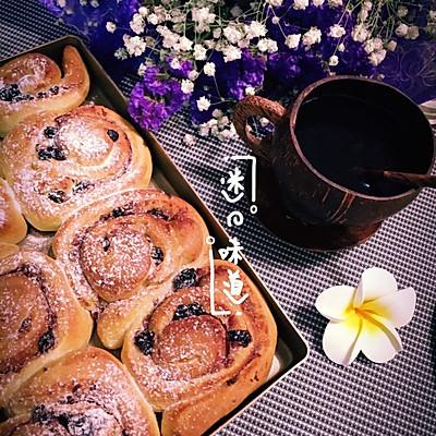 红豆沙蓝莓面包