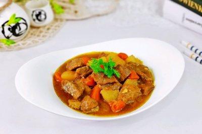 咖喱土豆牛腩