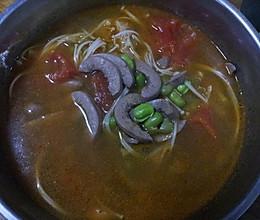 西红柿金针菇猪腰汤的做法