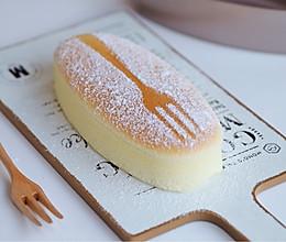 如何用密封性好的烤箱烤不开裂,不回缩,组织细腻的轻芝士蛋糕的做法