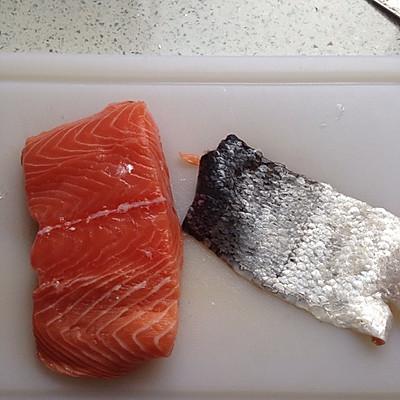 三文鱼鱼松的做法 步骤1