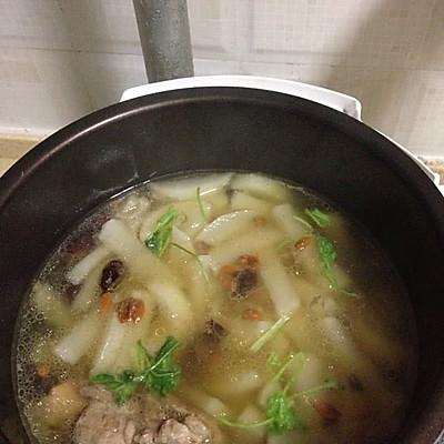 猪骨炖白萝卜红枣枸杞汤电压力锅的做法 步骤5