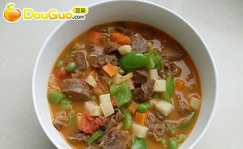 西红柿牛腩杂蔬汤的做法