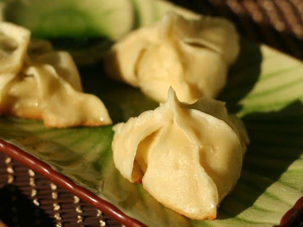 今儿照着《贝太厨房》上的花式饺子包法,包个不一样的哈 (收起) 难度