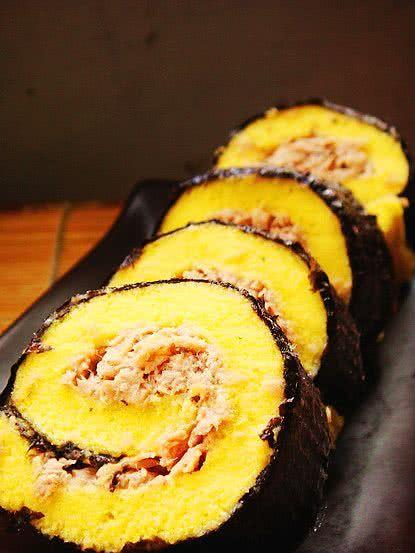 金枪鱼蛋糕寿司的做法