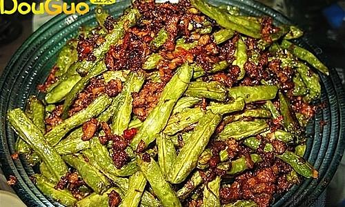 肉末芽菜煸豆角的做法