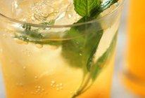 蜜橘莫吉托鸡尾酒的做法