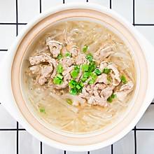 羊肉萝卜砂锅,冬日里最暖心的汤,10分钟就能搞定