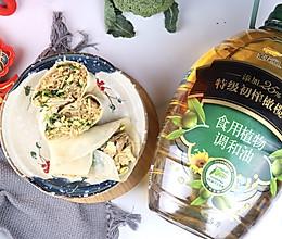 #新春美味菜肴#新年卷饼不漏财:鸡蛋粉丝卷春饼的做法