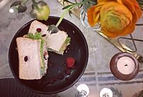 蔓越莓鸡肉三明治的做法