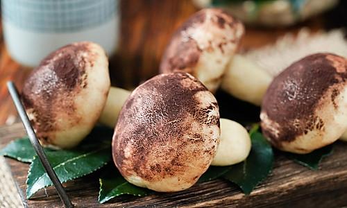 日食记丨蘑菇奶黄包的做法