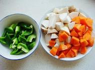 清炒胡萝卜杏鲍菇  的做法图解1
