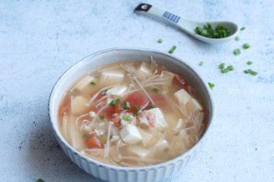 金针菇虾仁豆腐汤