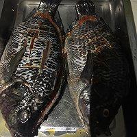 傣味烤罗非鱼的做法图解2