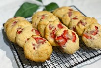 #入秋滋补正当时#草莓芝士奶酪饼干的做法