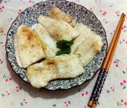 香煎黑椒尤利鱼柳的做法