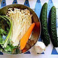 爽口酸辣黄瓜金针菇|家中常备下酒菜的做法图解1