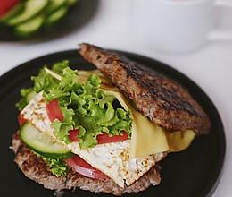 低碳水牛肉汉堡健身餐的做法