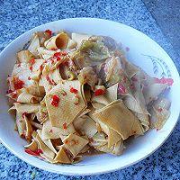 【大喜大牛肉粉试用之二】----辣白菜烧豆皮的做法图解9