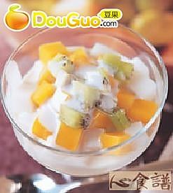 杏仁水果冻的做法