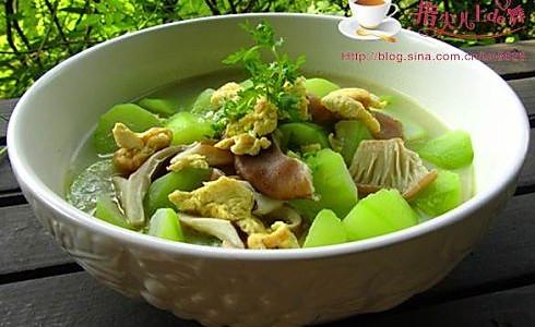 鸡蛋瓠子猪肚菇的做法