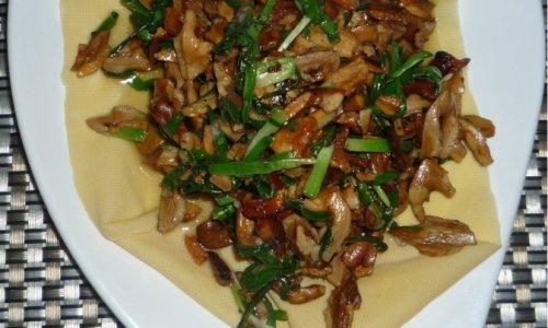 核桃仁炒韭菜的做法