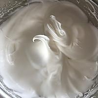 奶茶慕斯蛋糕卷的做法图解4