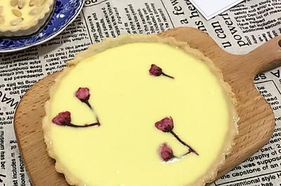 樱花乳酪派和松仁乳酪挞