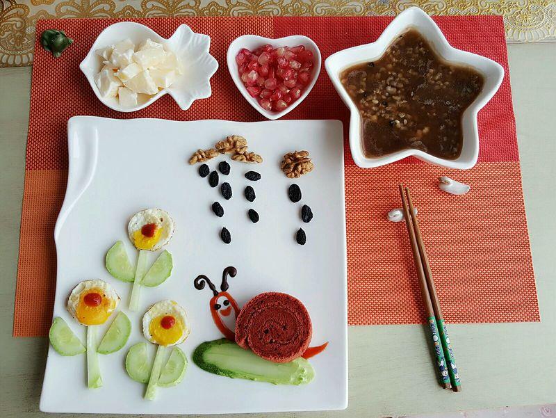 黄瓜,面粉,鸡蛋,各类坚果等 儿童早餐的做法步骤        本菜谱的做法