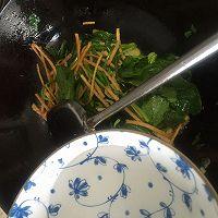 菠菜炒馓子的做法流程详解5