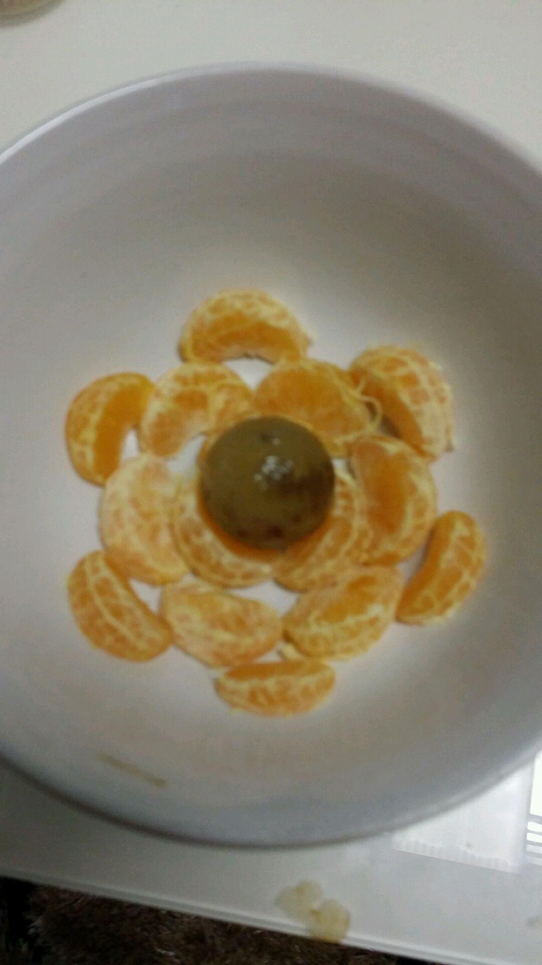 再给亲们介绍个水果拼盘一一一椰子树!