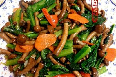 小白菜炒滑子菇
