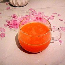 新鲜橙子汁(附巧剥橙子皮)#春天不减肥,夏天肉堆堆#