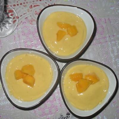 芒果香蕉奶昔