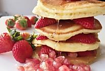 草莓松饼+#一起吃西餐#的做法