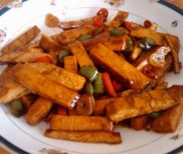 红绿椒炒豆干的做法