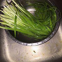天津年夜饭必备之葱绿新芽的做法图解1