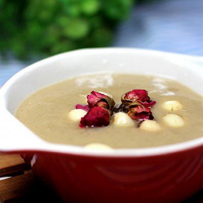 怎样做出清凉爽口的绿豆沙——冰糖玫瑰绿豆沙