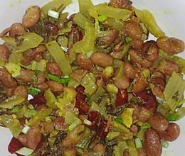 酸菜炒豆米的做法