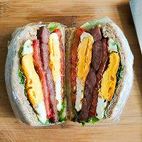 亲测好吃减肥餐 全麦鸡蛋牛排三明治 快手早餐营养均衡的做法图解7