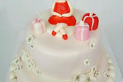 双层翻糖蛋糕(自制糖粉、翻糖膏)