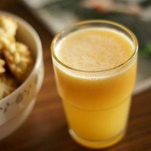 苹果橙子胡萝卜汁