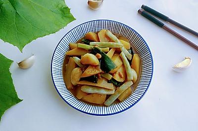 酱烧白芸黄土豆