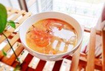 #换着花样吃早餐#酸酸甜甜的番茄肉片汤的做法