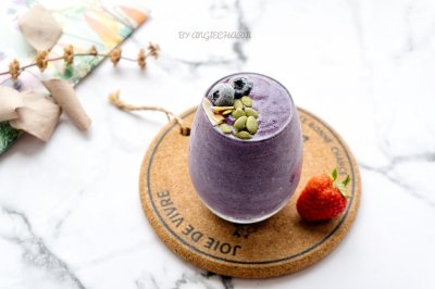 满满蛋白质蓝莓思慕雪(运动能量补充270大卡)