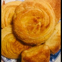 油旋儿(油糖酥饼)