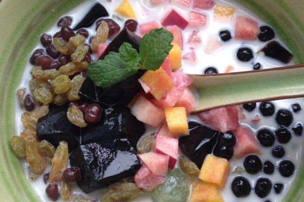 水果芋圆烧仙草的做法